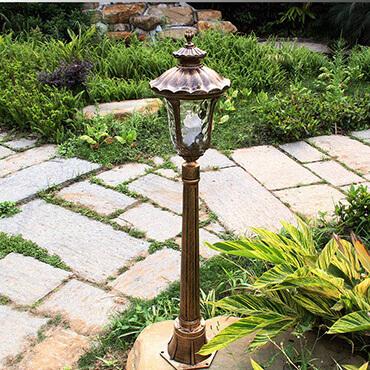 Đèn trụ sân vườn phong cách cổ điển ROL440