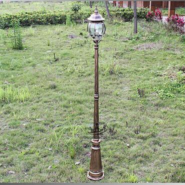 Đèn trụ trang trí sân vườn phong cách hiện đại ROL438