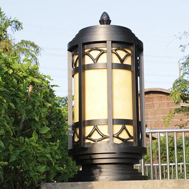 Đèn trụ cổng phong cách Châu Âu ROL471