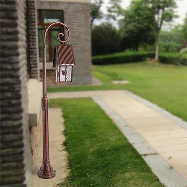 Đèn trụ sân vườn trang trí ngôi nhà ROL447