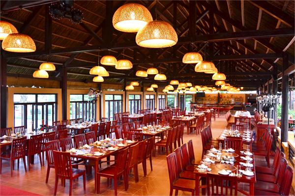Đèn thả nhập khẩu- sự lựa chọn lí tưởng cho nhà hàng sang trọng
