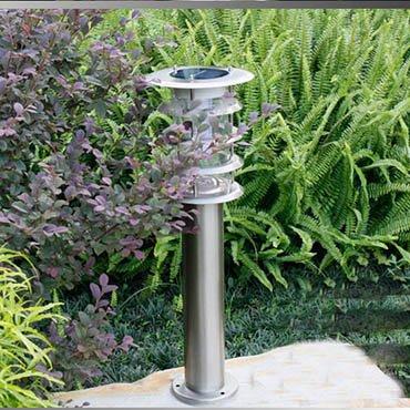 Đèn tích điện năng lượng mặt trời ROL326