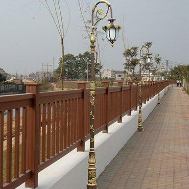Đèn trụ sân vườn thiết kế độc đáo ROL461