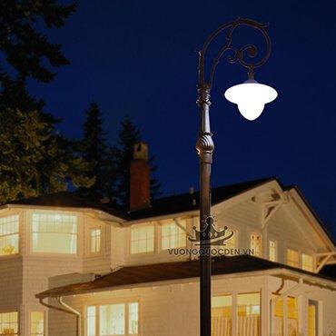Đèn trụ sân vườn thiết kế tinh tế ROL443