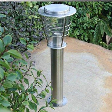 Sử dụng đèn năng lượng mặt trời cảm ứng trang trí sân vườn đẹp có lợi ích gì?