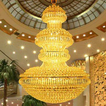 Đèn chùm thủy tinh kích thước lớn treo sảnh khách sạn CM182