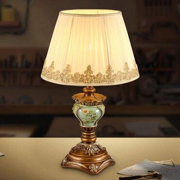 Đèn bàn phong cách Châu Âu KX TB8297
