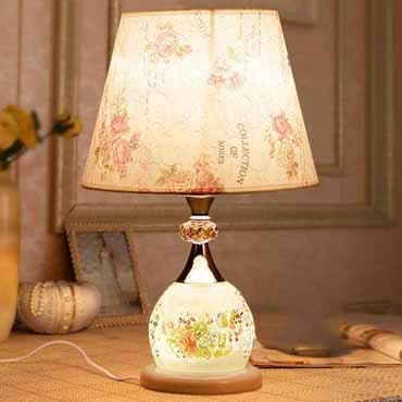 Đèn bàn phòng ngủ đẹp YLM T907