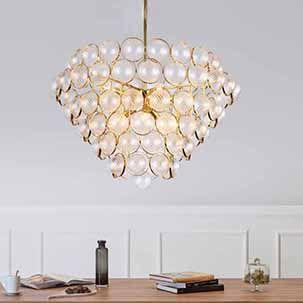 Thay đổi diện mạo cho phòng khách với những mẫu đèn thả trần mạ vàng cao cấp