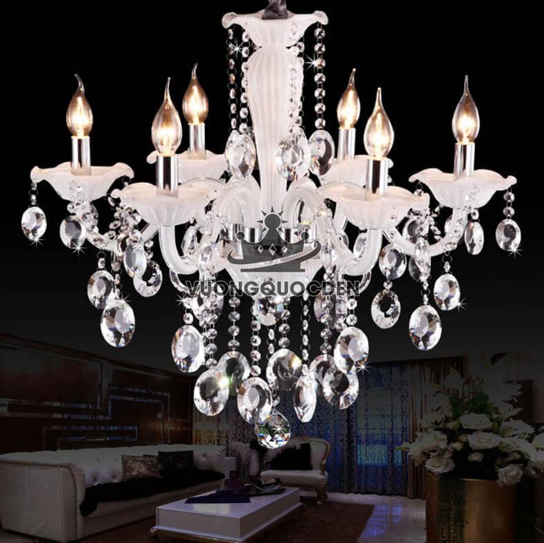 Đèn chùm cho phòng khách chung cư và những điều bạn nên biết