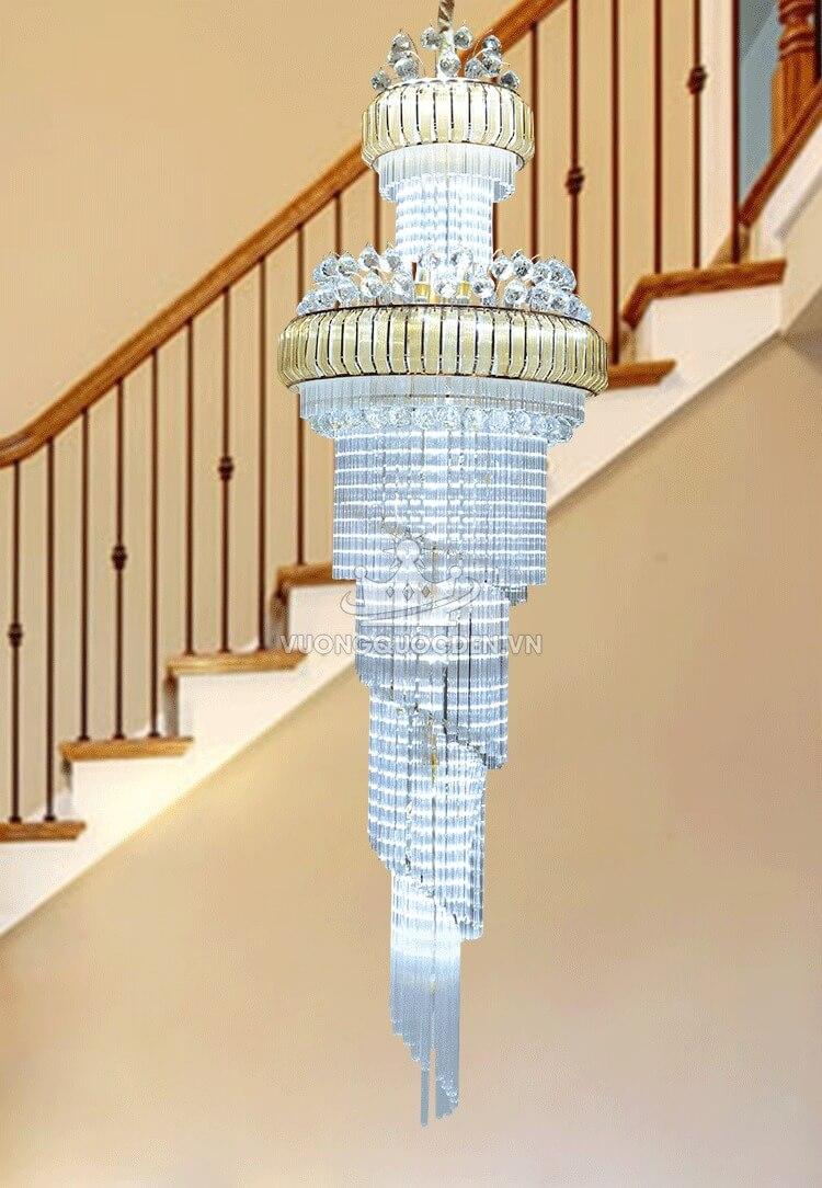 Đèn chùm thả thông tầng – Điểm nhấn sang trọng cho ngôi nhà của bạn