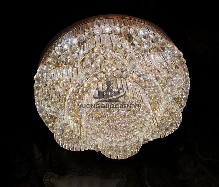 Lí giải sức hút của các mẫu đèn led ốp trần đổi màu tại Vương Quốc Đèn