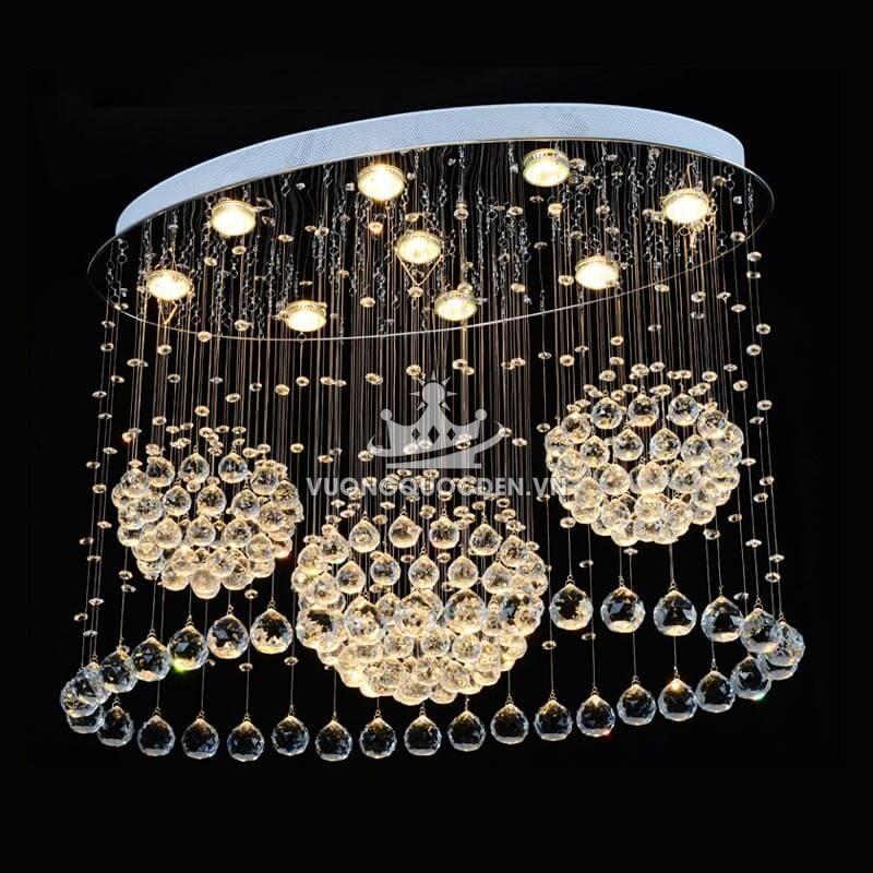Đèn thả pha lê thông trần đẹp thì có đẹp nhưng rất kén chọn