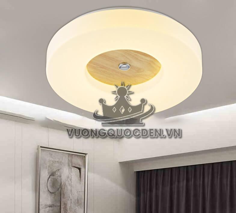 Bí quyết sử dụng đèn trang trí cho phòng khách chung cư thêm đẹp, sang