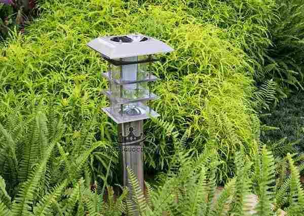 10 mẫu đèn năng lượng mặt trời  chống nước chất lượng cao tại Vương Quốc Đèn
