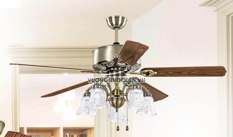 Trả lời câu hỏi: Có nên sử dụng quạt trần có cánh bằng gỗ hay không?